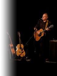 Ralph McTell at Chequer Mead, East Grinstead